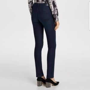 KARL LAGERFELD SKINNY JEANS WITH A MID-RISE SIZE 2
